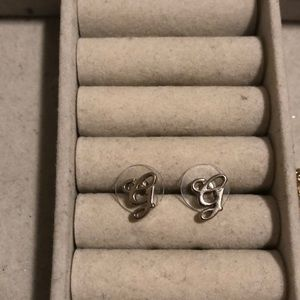 """G"" earrings"